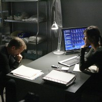Dr Sunny Macer and Jack Bauer converse at FBI 24 Season 7 Episode 18