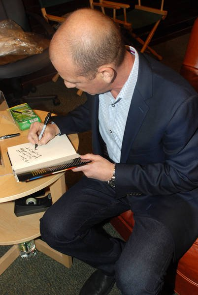 Howard Gordon at Gideon's War book signing event in LA