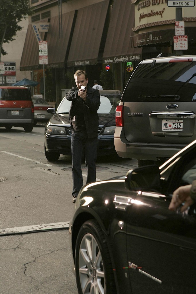Jack Bauer Carjacking 24 Season 7 Episode 8