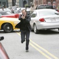 Jack Bauer running in 24 Season 7 Episode 10