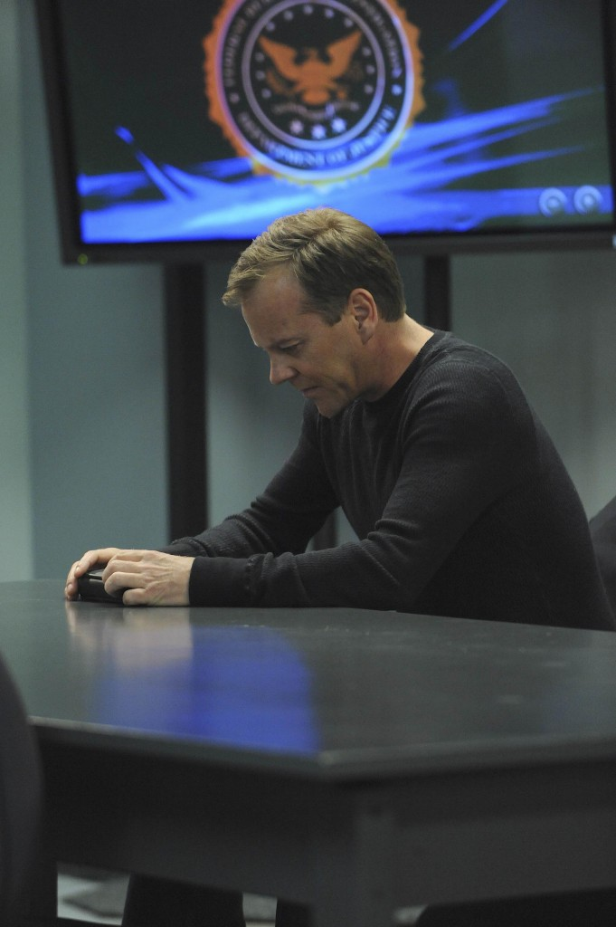 Jack Bauer at the FBI 24 Season 7 Episode 21
