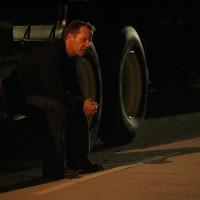 Jack Bauer waiting in 24 Season 7 Episode 15