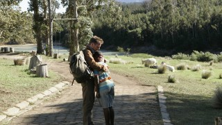 Jack Bauer and Willie hug in 24 Redemption