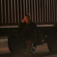 Jack Bauer speaks on cellphone 24 Season 7 Episode 15