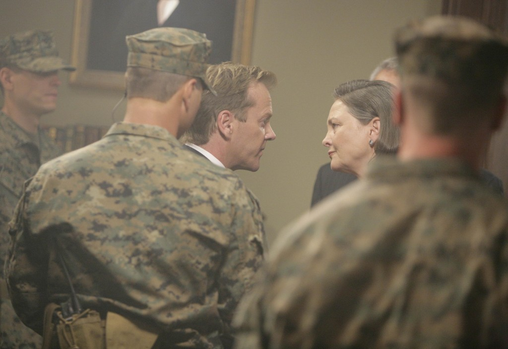 President Taylor and Jack Bauer 24 Season 7 Episode 11