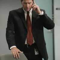 Jeffrey Nordling as Larry Moss 24 Season 7 Episode 8