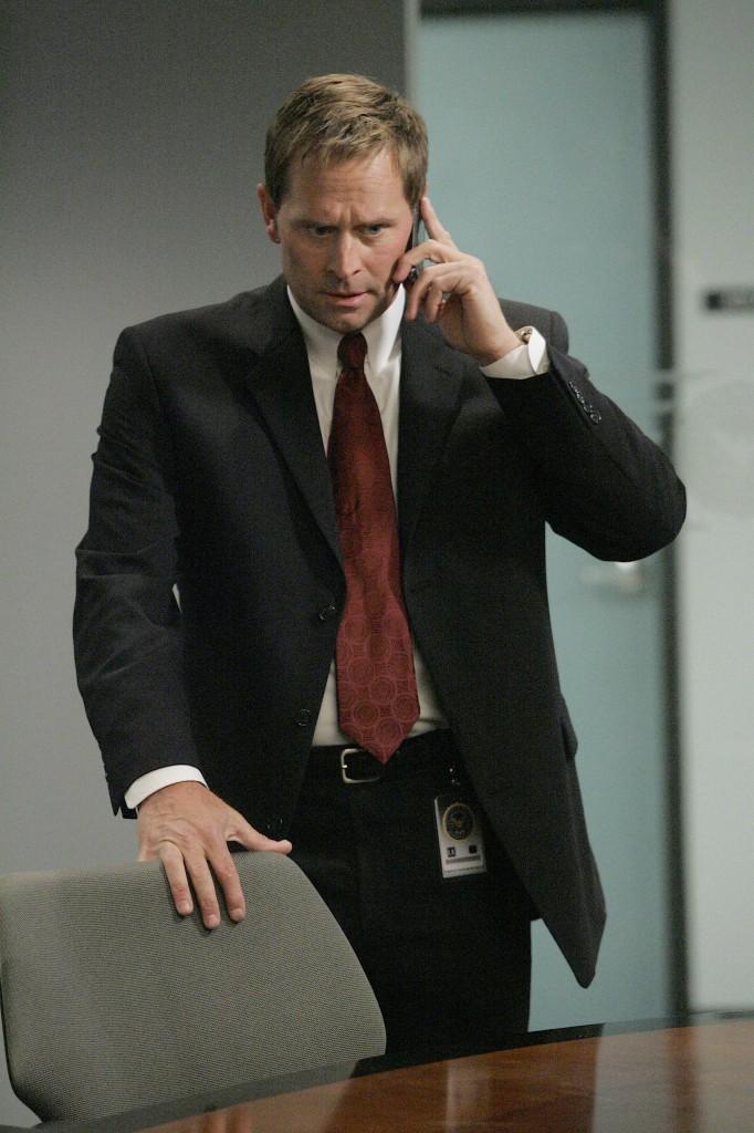 Jeffrey Nordling as Larry Moss 24 Season 7 Episode 8