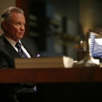 Jon Voight as Jonas Hodges in 24 Season 7 Episode 13