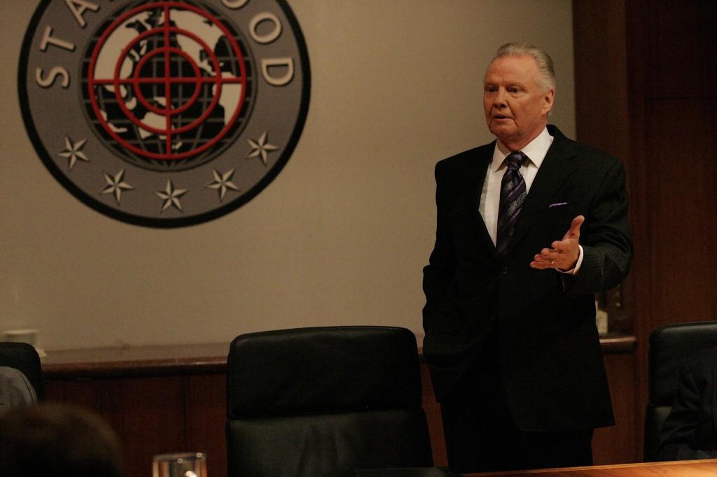 Jon Voight as Jonas Hodges in 24 Season 7 Episode 15