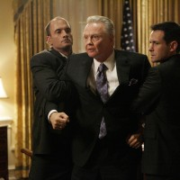 Jon Voight as Jonas Hodges angered 24 Season 7 Episode 18