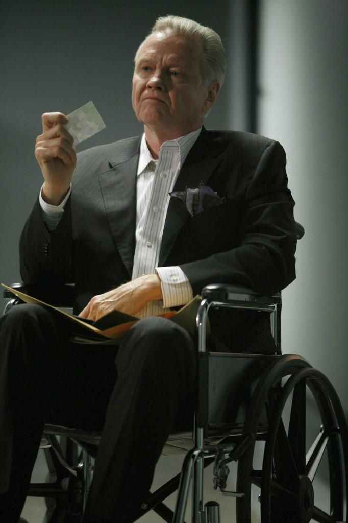 Jon Voight as Jonas Hodges in wheelchair 24 Season 7 Episode 21