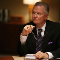 Jon Voight as Jonas Hodges 24 Season 7