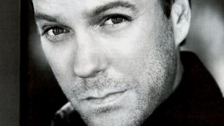 Kiefer Sutherland black and white photo