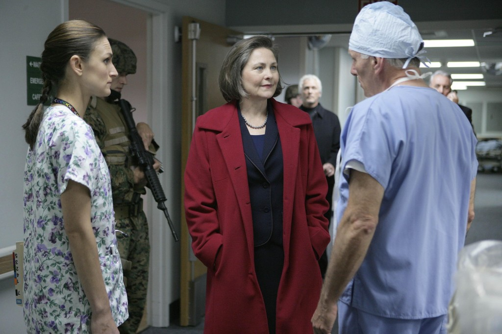 President Allison Taylor visits hospital 24 Season 7 Episode 9