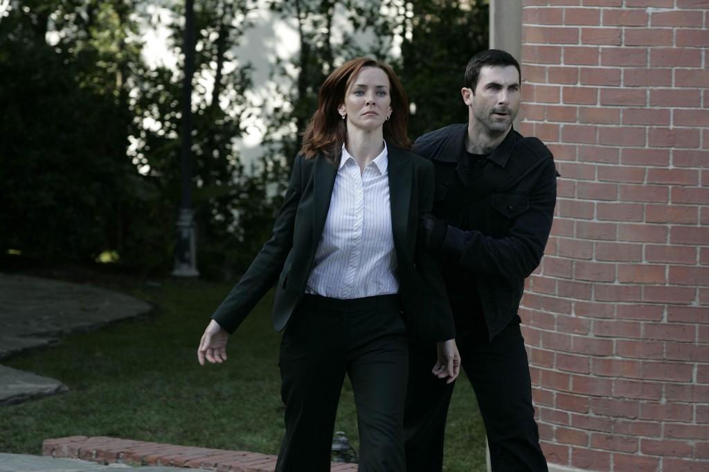 Litvak grabs Renee 24 Season 7 Episode 5