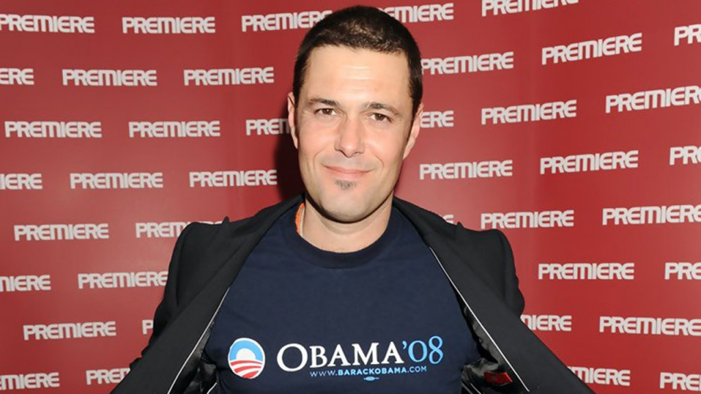 Carlos Bernard showing off his Obama shirt at a 24 Premiere event in 2009
