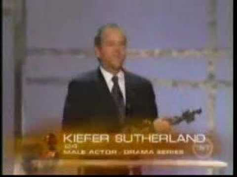 Kiefer Sutherland accepting 2006 Screen Actors Guild Award