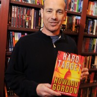 "Howard Gordon Signs Copies Of ""Hard Target"" 5"
