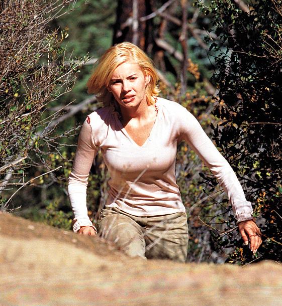 Elisha Cuthbert as Kim Bauer