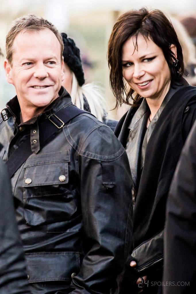 Kiefer Sutherland and Mary Lynn Rajskub smiling on 24: Live Another Day Set - January 28, 2014