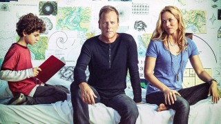 Kiefer Sutherland, David Mazouz, Maria Bello in a Touch Season 2 cast photo