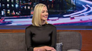 Yvonne Strahovski interviewed on The Arsenio Hall Show