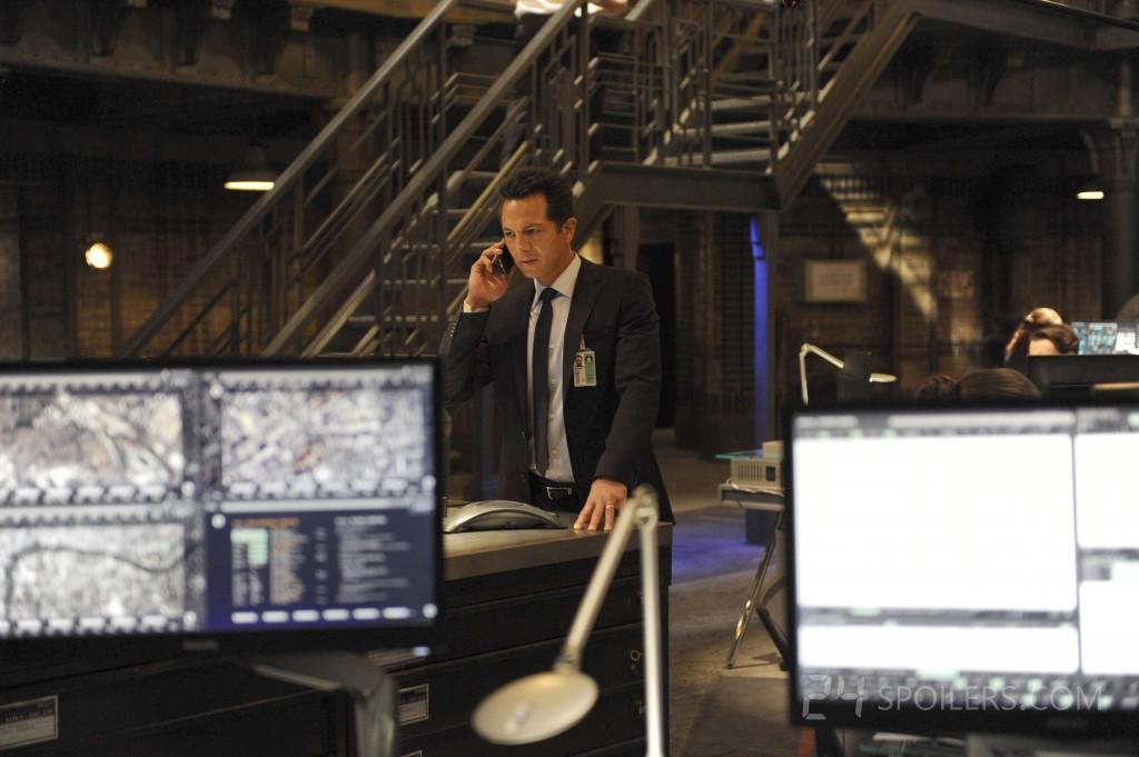 Benjamin Bratt as Steve Navarro in 24: Live Another Day Episode 3