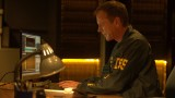 Jack Bauer downloads data in 24: Live Another Day Episode 4