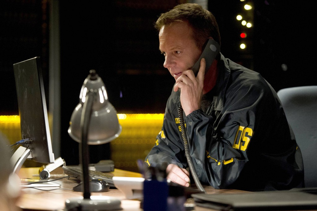 Jack Bauer on phone with President Heller in 24: Live Another Day Episode 4