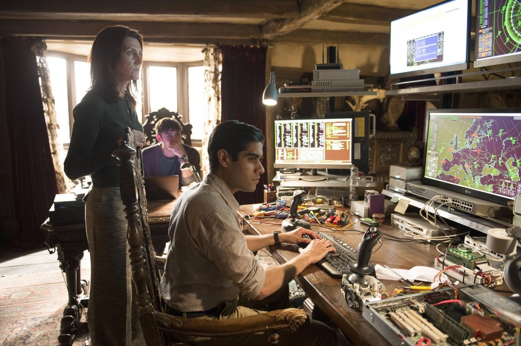 Margot (Michelle Fairley) watches Naveed (Sacha Dhawan) in 24: Live Another Day Episode 5