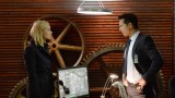 Steve Navarro (Benjamin Bratt) gives Kate Morgan (Yvonne Strahovski) information in 24: Live Another Day Episode 5