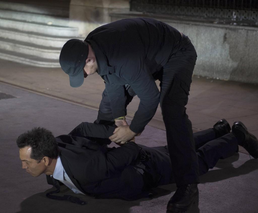 Steve Navarro (Benjamin Bratt) is captured in 24: Live Another Day Episode 10