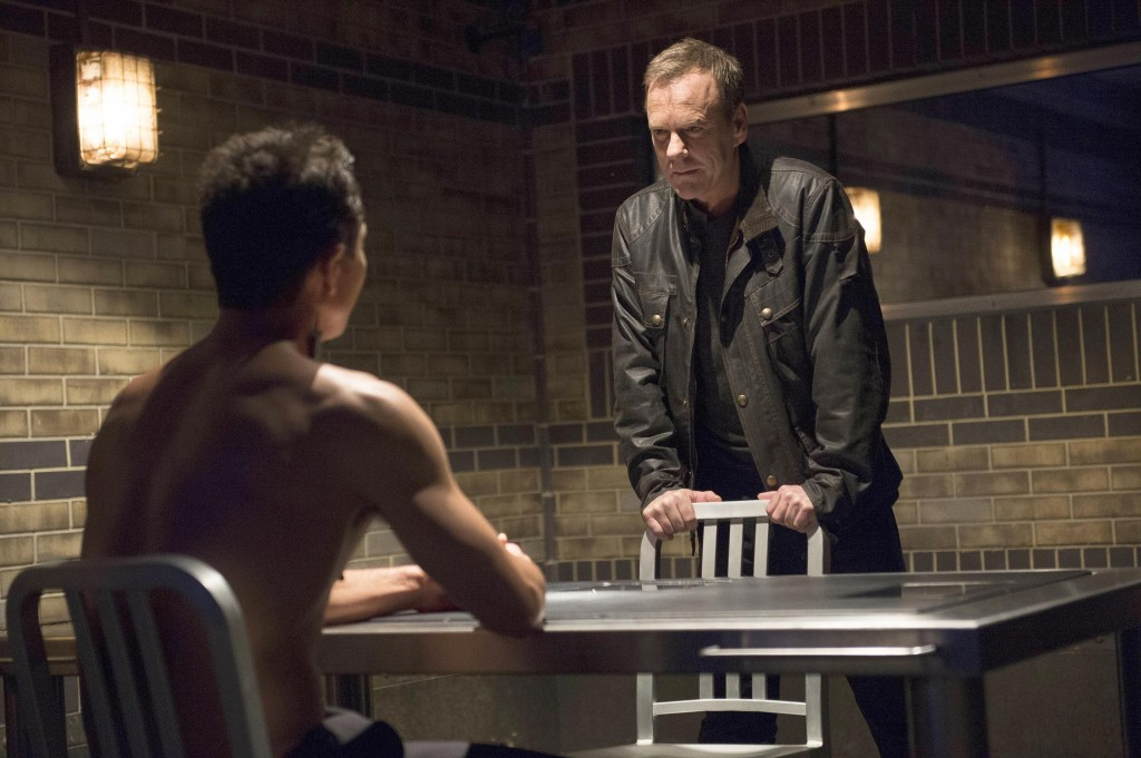 Jack Bauer (Kiefer Sutherland) questions Steve Navarro (Benjamin Bratt) in 24: Live Another Day Episode 10