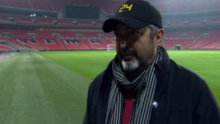 Jon Cassar behind the scenes of 24: Live Another Day Episode 8 in Wembley Stadium