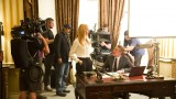Jon Cassar, Kim Raver, and Tate Donovan behind the scenes of 24: Live Another Day Episode 7