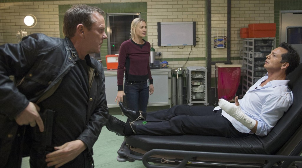Jack Bauer (Kiefer Sutherland) and Kate Morgan (Yvonne Strahovski) question Steve Navarro (Benjamin Bratt) in 24: Live Another Day Episode 10