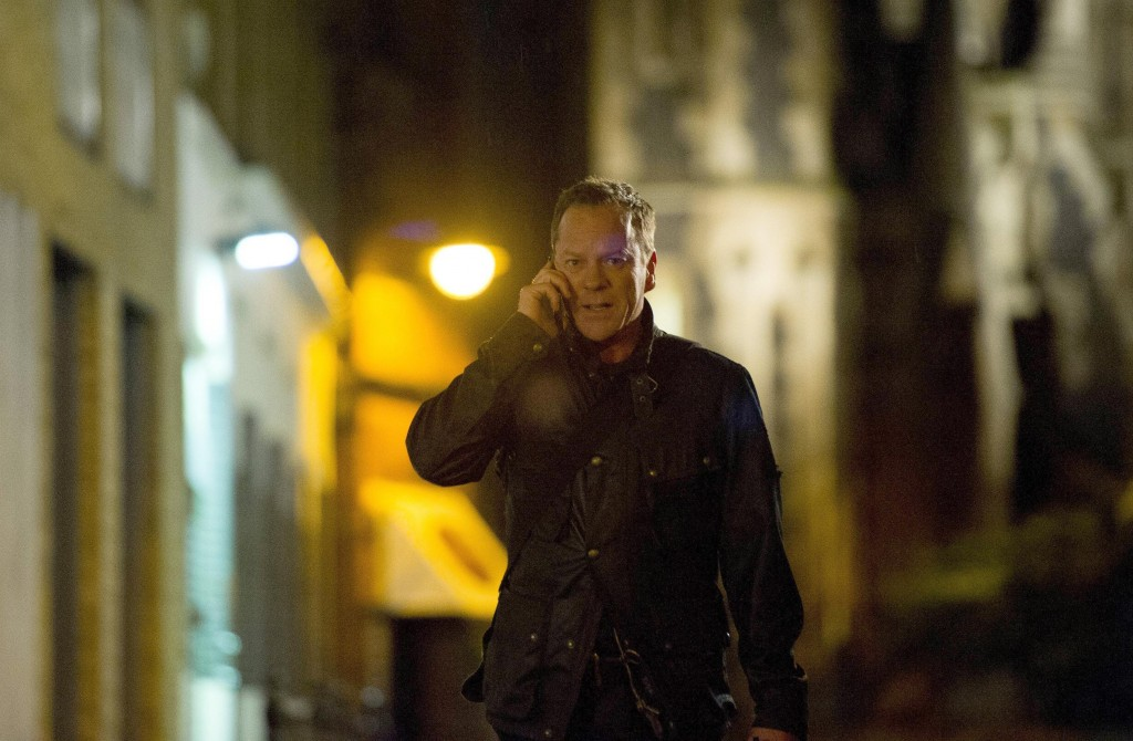 Jack Bauer (Kiefer Sutherland) makes a phone call in 24: Live Another Day Episode 10