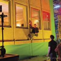 Kiefer Sutherland hanging from a rope in 24: Live Another Day (Behind the Scenes)
