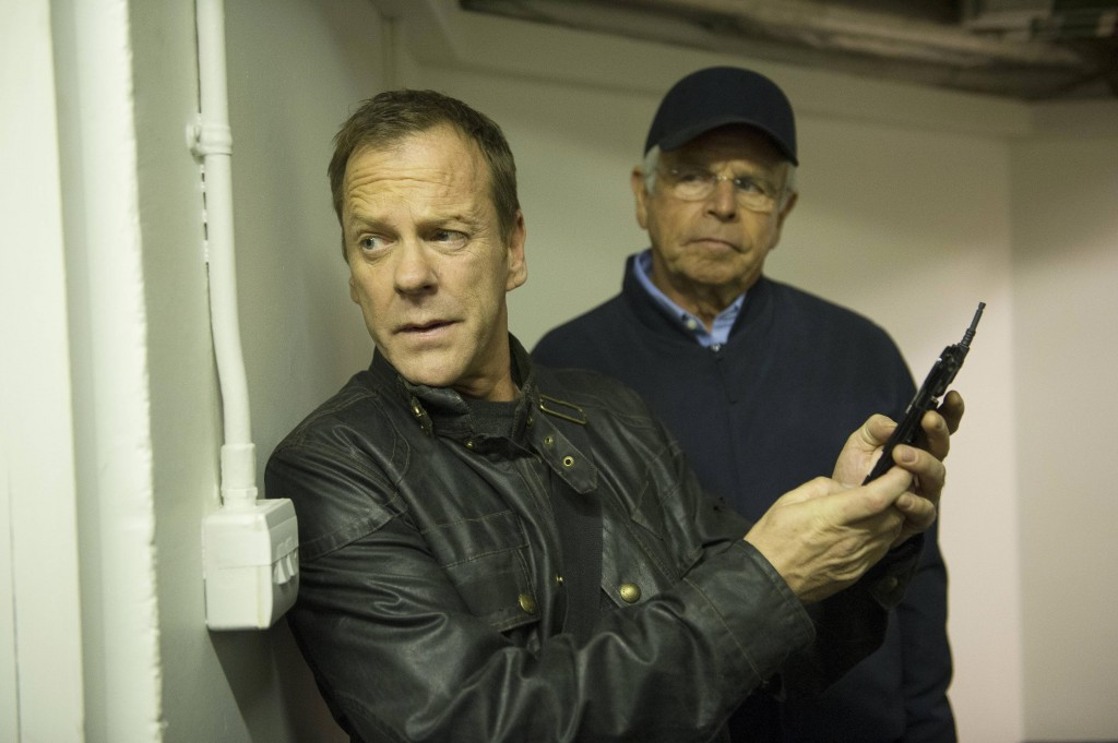 Jack Bauer (Kiefer Sutherland) sneaks Heller (William Devane) out of the Presidential residence in 24: Live Another Day Episode 8