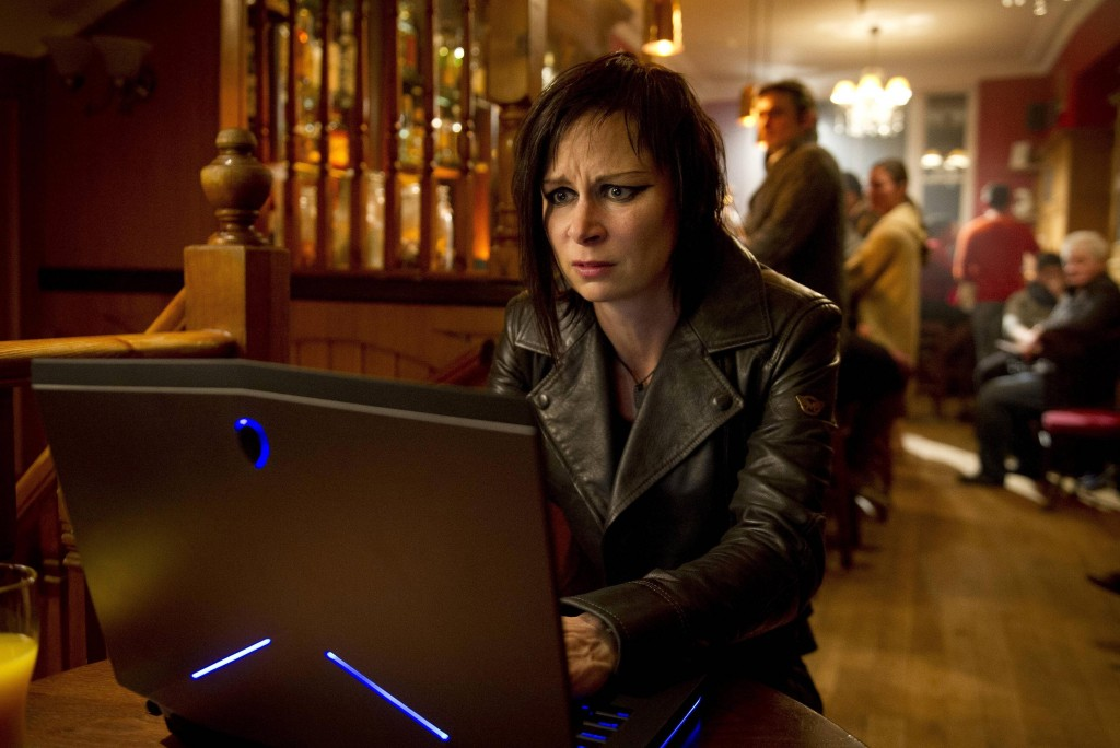 Chloe O'Brian (Mary Lynn Rajskub) tracks the drone in 24: Live Another Day Episode 9