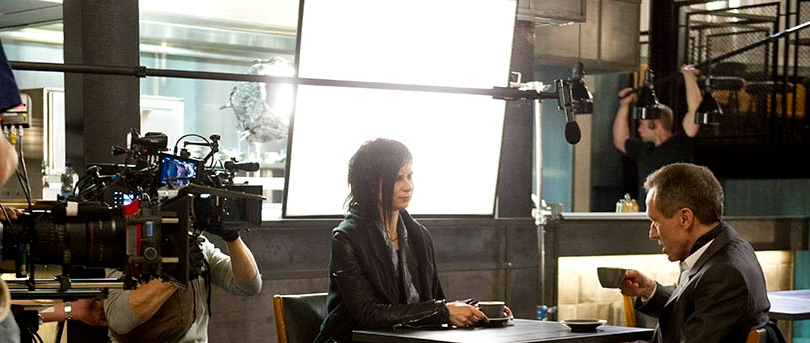 Mary Lynn Rajskub and Michael Wincott behind the scenes of 24: Live Another Day Episode 10
