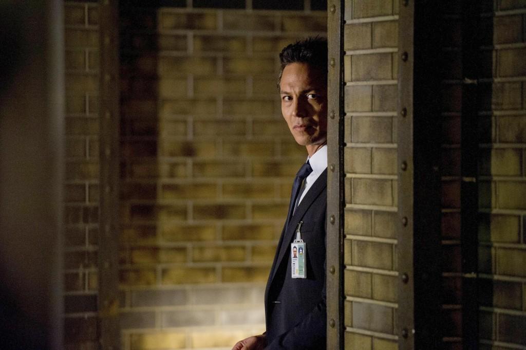 Steve Navarro (Benjamin Bratt) makes a surprising move in 24: Live Another Day Episode 8