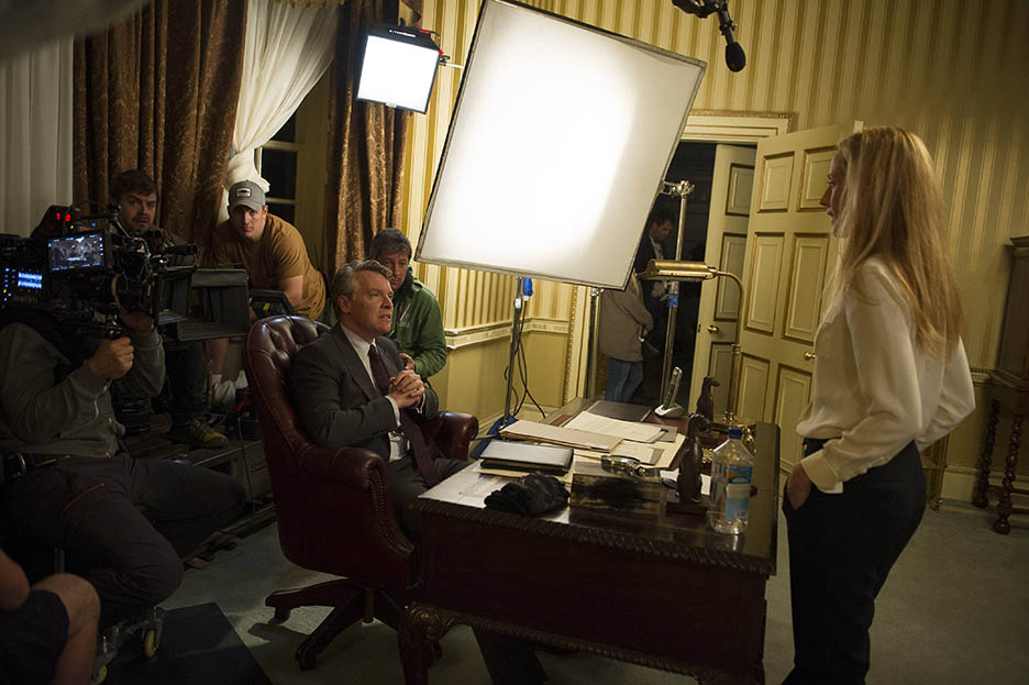 Tate Donovan and Kim Raver film a scene for 24: Live Another Day Episode 10