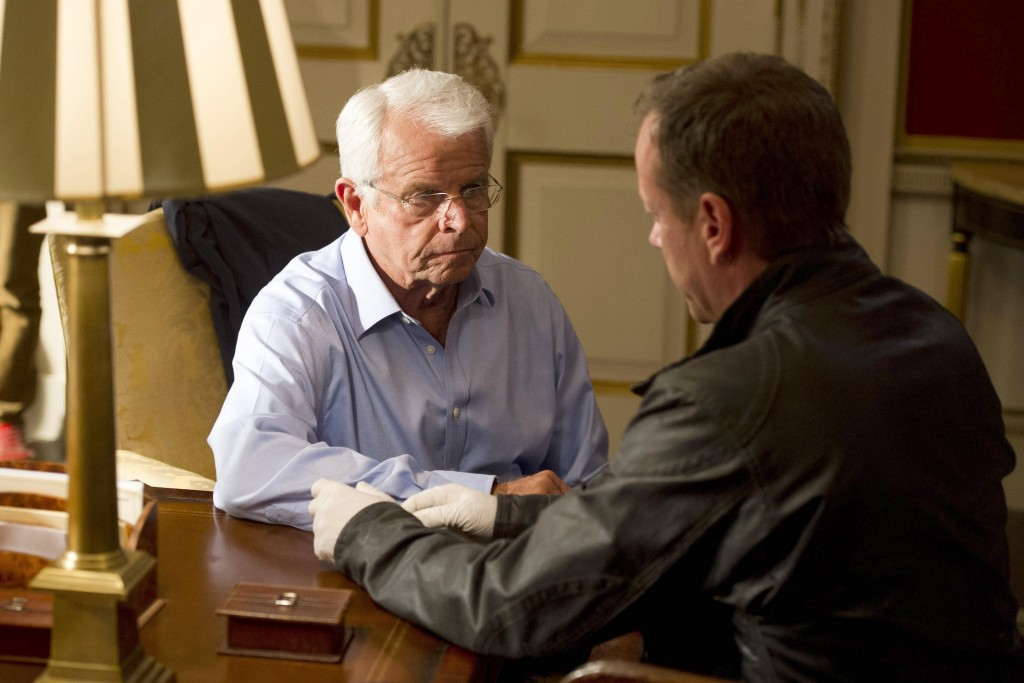 President Heller (William Devane) puts his trust in Jack Bauer in 24: Live Another Day Episode 8