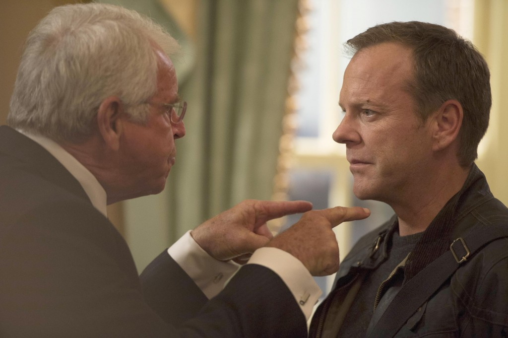 President Heller (William Devane) asks Jack Bauer (Kiefer Sutherland) for help in 24: Live Another Day Episode 8