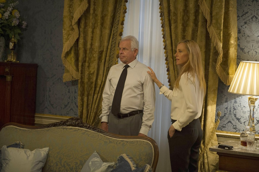 Audrey (Kim Raver) and President Heller (William Devane) in 24: Live Another Day Episode 10
