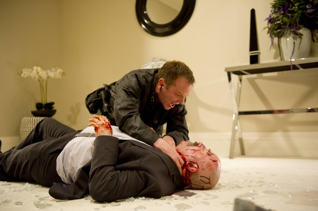 Jack Bauer (Kiefer Sutherland) tries to keep Stolnavich (Stanley Townsend) alive in 24: Live Another Day Episode 11