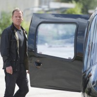Jack Bauer (Kiefer Sutherland) enters helicopter in 24: Live Another Day Finale