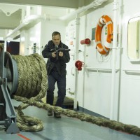 Jack Bauer (Kiefer Sutherland) raids the boat in 24: Live Another Day Finale