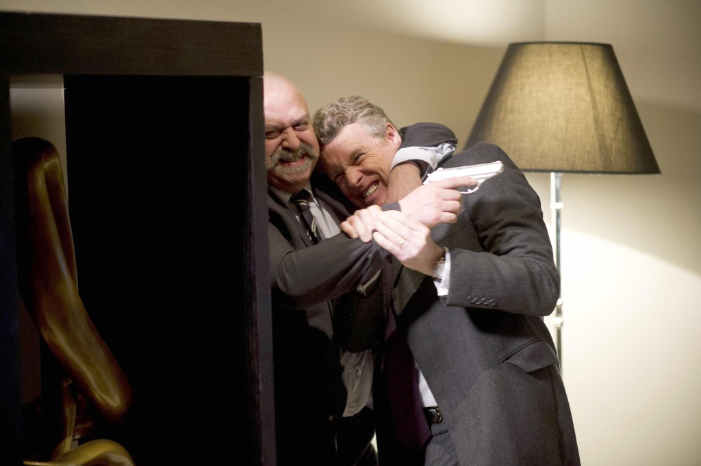Mark Boudreau (Tate Donovan) and Stolnavich fight in 24: Live Another Day Episode 11